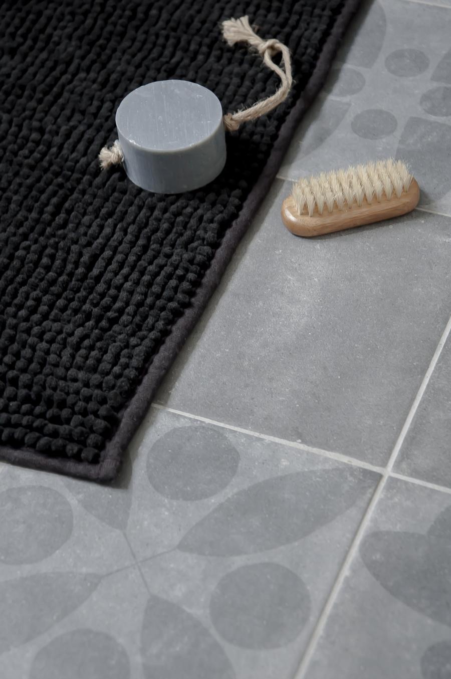 IKEA-bathroom-styling-aprilandmay-8