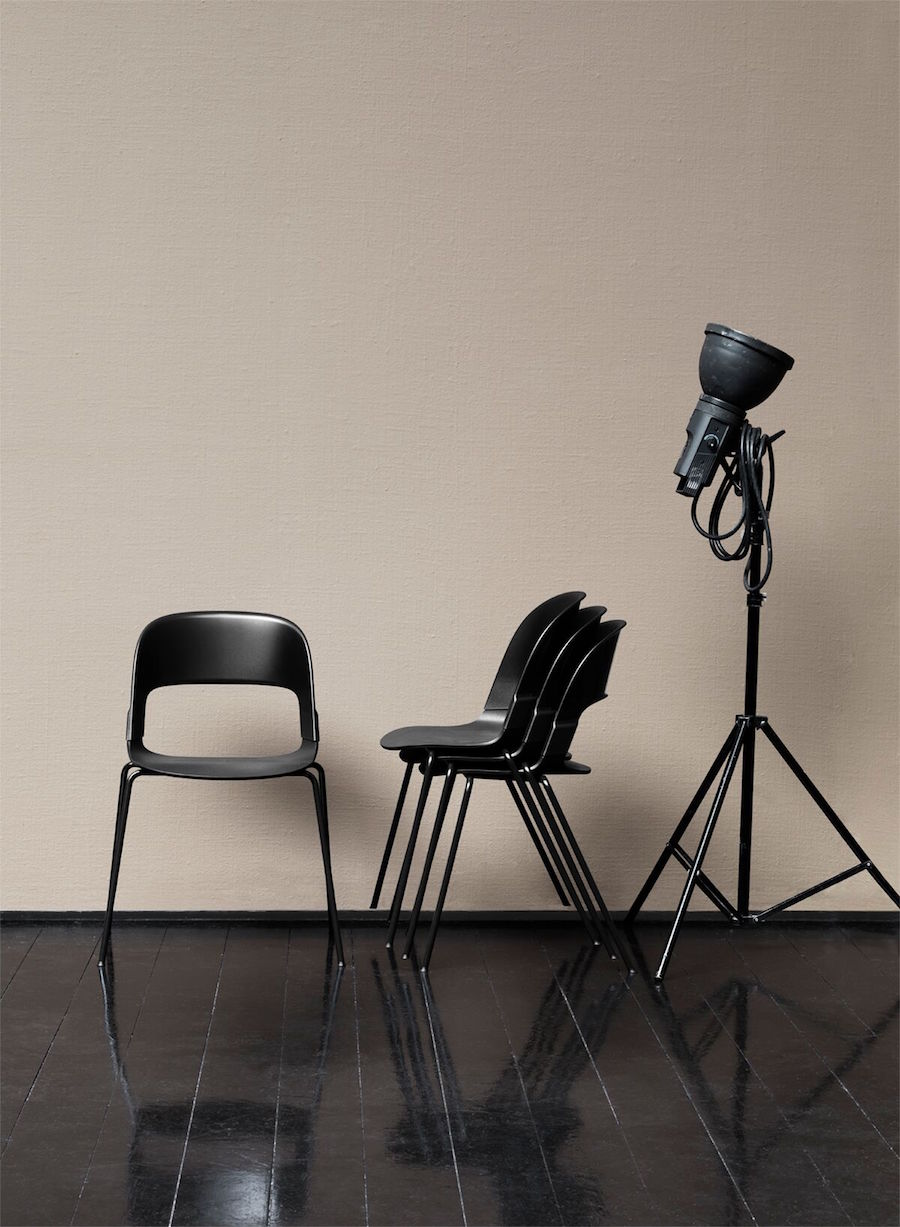 pair-chair-fritz-hansen-1
