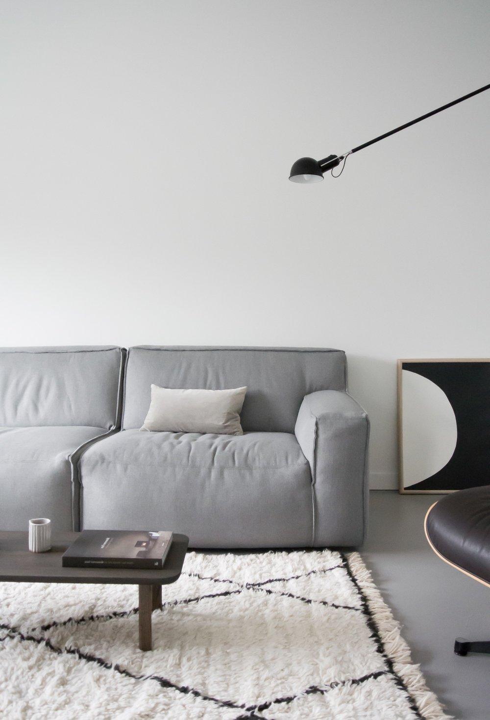 Flow wall lamp at home aprilandmay