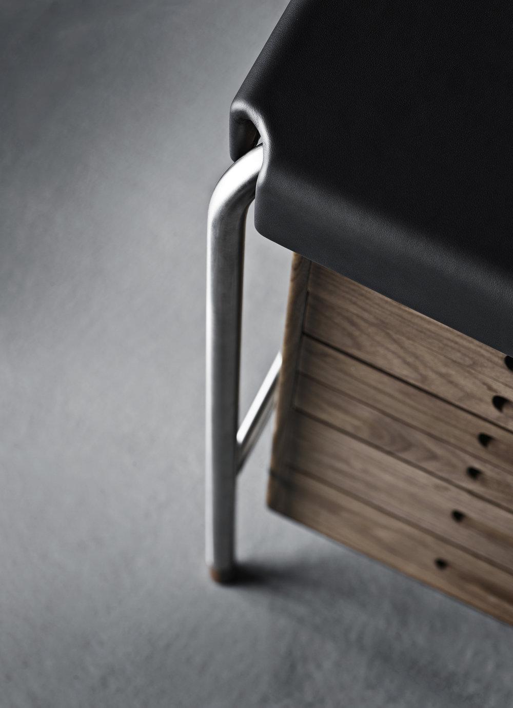 Jacobsen_AJ52-Society-Table-Walnut_Feet-Detail-2.jpg