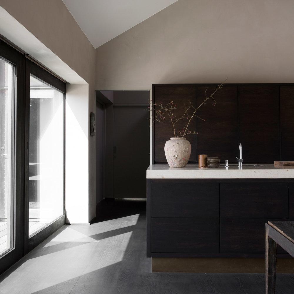 seaside-abode-norm-architects-denmark-aprilandmay-2a.jpg
