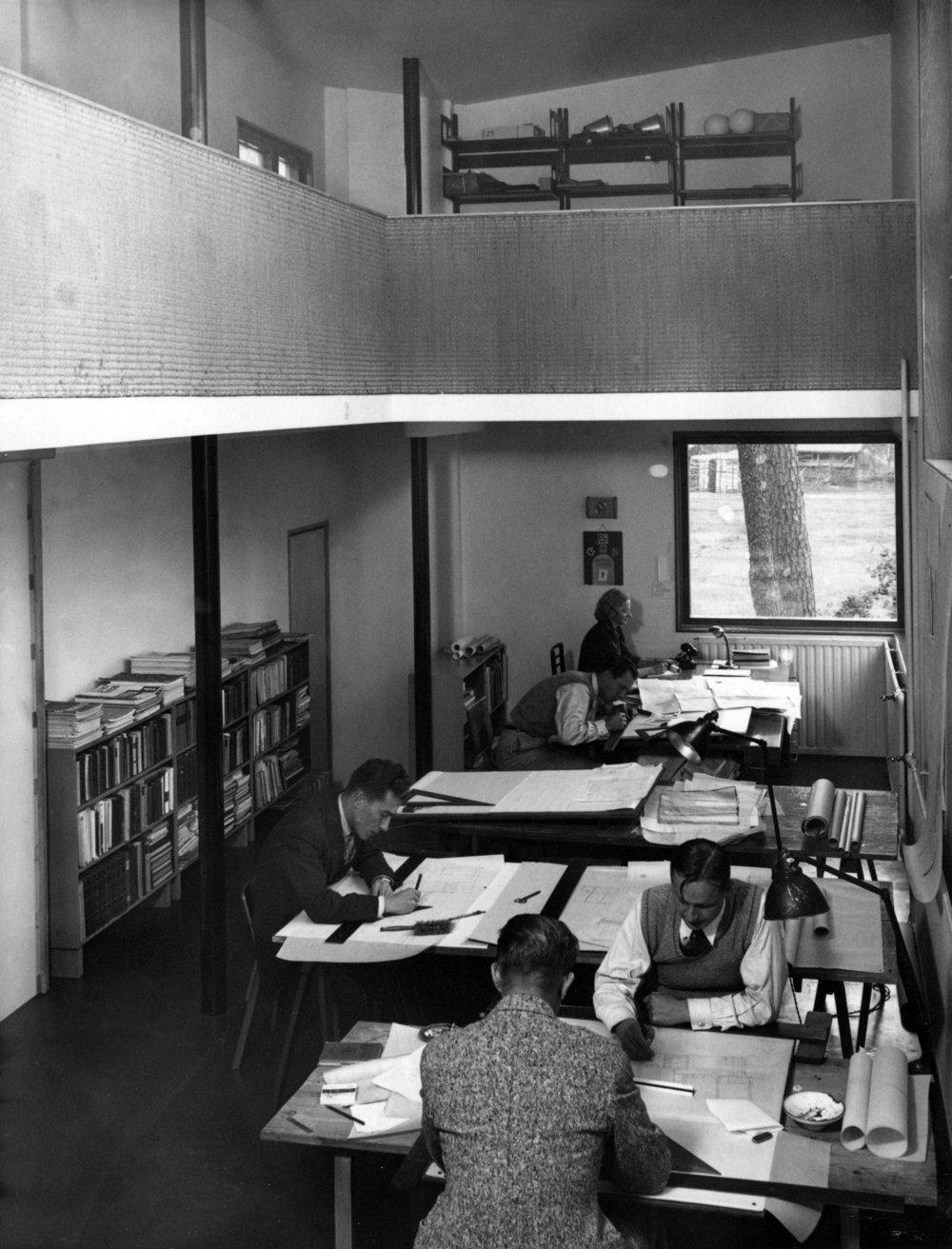 Aalto_House_office_1930s.jpg