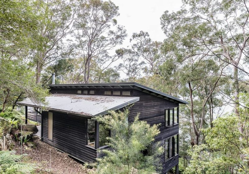 Dangar-Island-Vacation-Home-Robertson-Hindmarsh-Architects-David-Harrison-Interior-aprilandmay-9.jpg