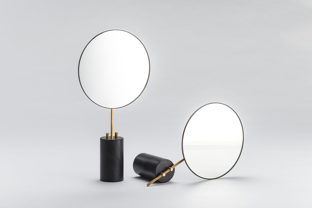 柒木設計 KIMU_Pose Table Mirror_01.jpg