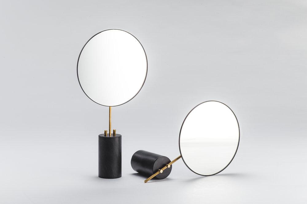 柒木設計 KIMU_Pose Table Mirror_01.jpg