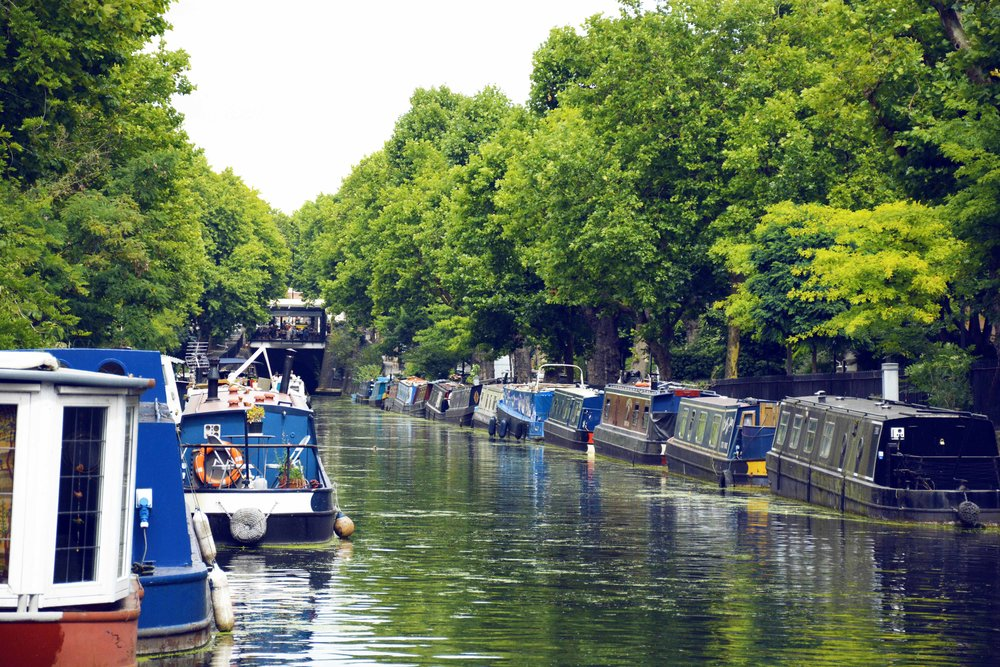 LITTLE VENICE - Nature, canals and stunning views for a relaxing and regenerating fitness session.