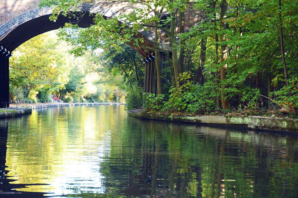 CANALS WALKING TOURS -