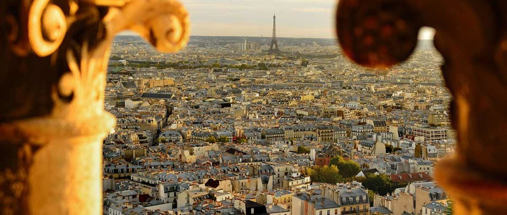 Tour the gardens of Paris, fly by Private jet. Eiffel Tower,