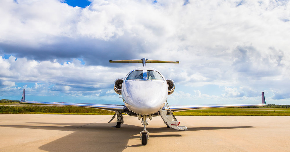 SIDE BY SIDE SPECS - Compare the Phenom 300 and Learjet 75 specs