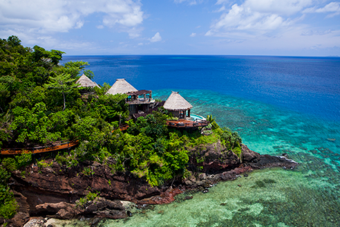 Laucala Island, Fiji - Located on the northern tip of Fiji's north islands, Laucala Island is a favorite of Oprah Winfrey, Elle McPherson and the Obamas. And it's not hard to see why. Home to only 25 villas, spread widely across the island, each offers complete exclusivity and privacy.