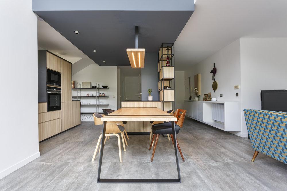 cuisine_table_luminaire_surmesure_bois_hopfab.jpg
