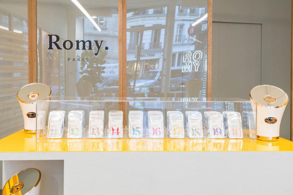 photo pop up store borne d'accueil
