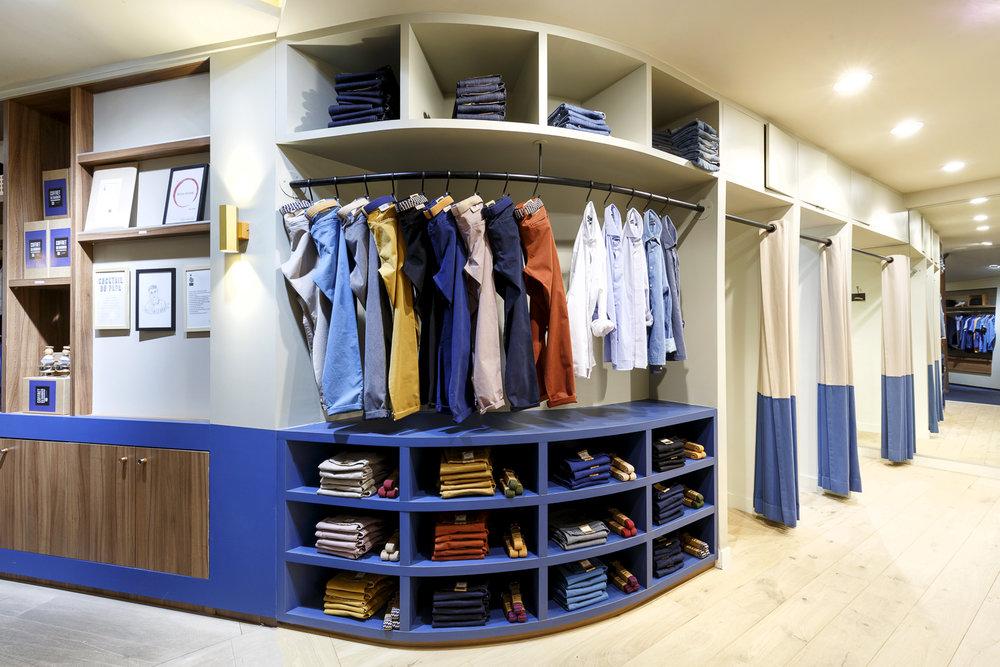 mobilier magasin présentoir sur-mesure Sauver le Monde des Hommes