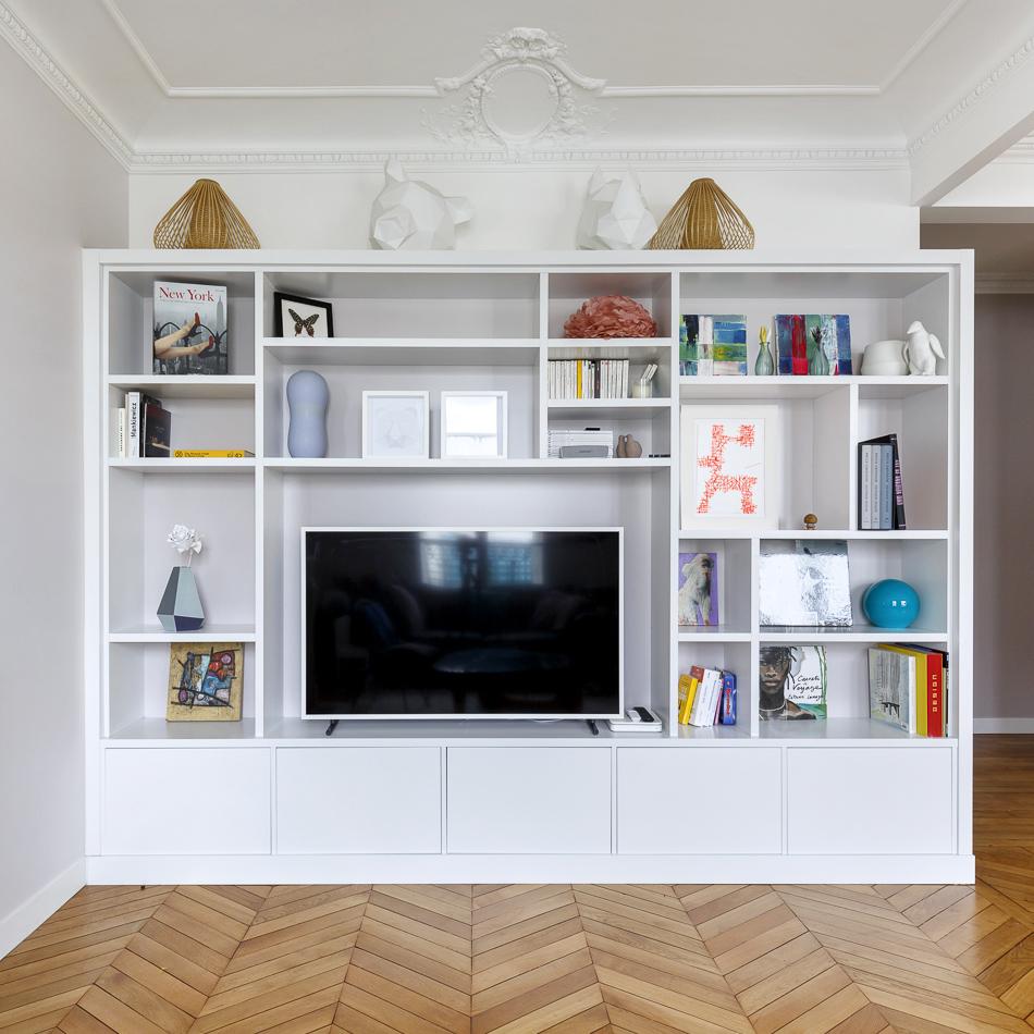 meuble télé et bibliothèque sur-mesure appartement Boulogne