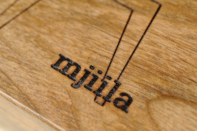 mjiila solid wood mark