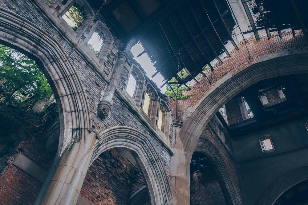 Abandoned_Church.jpg