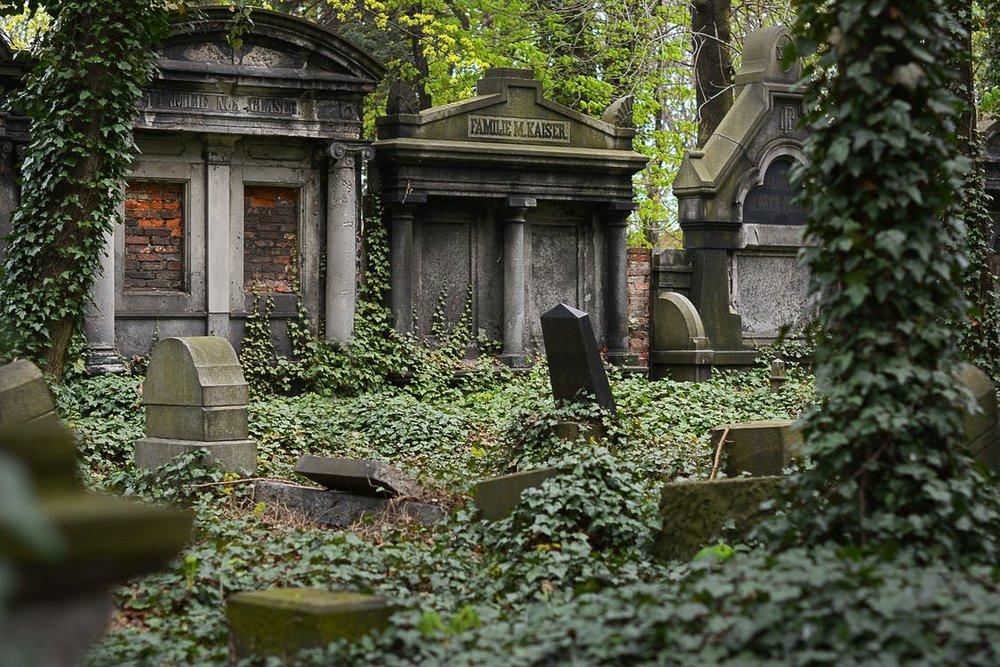 Graves.jpeg