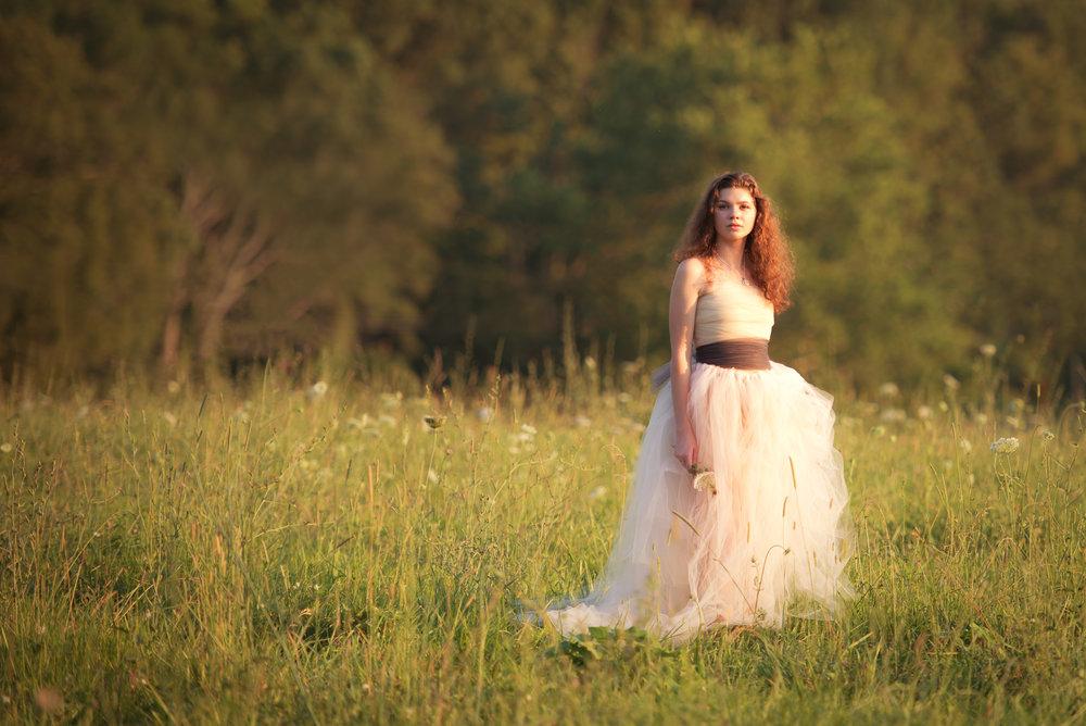 Irish Princess in Field-DSC_6267.jpg