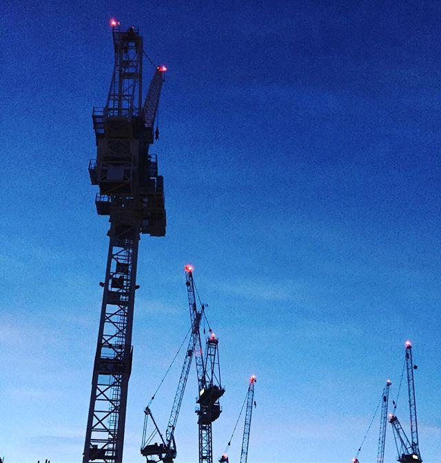 Edinburgh craneage... bit of deja vu.