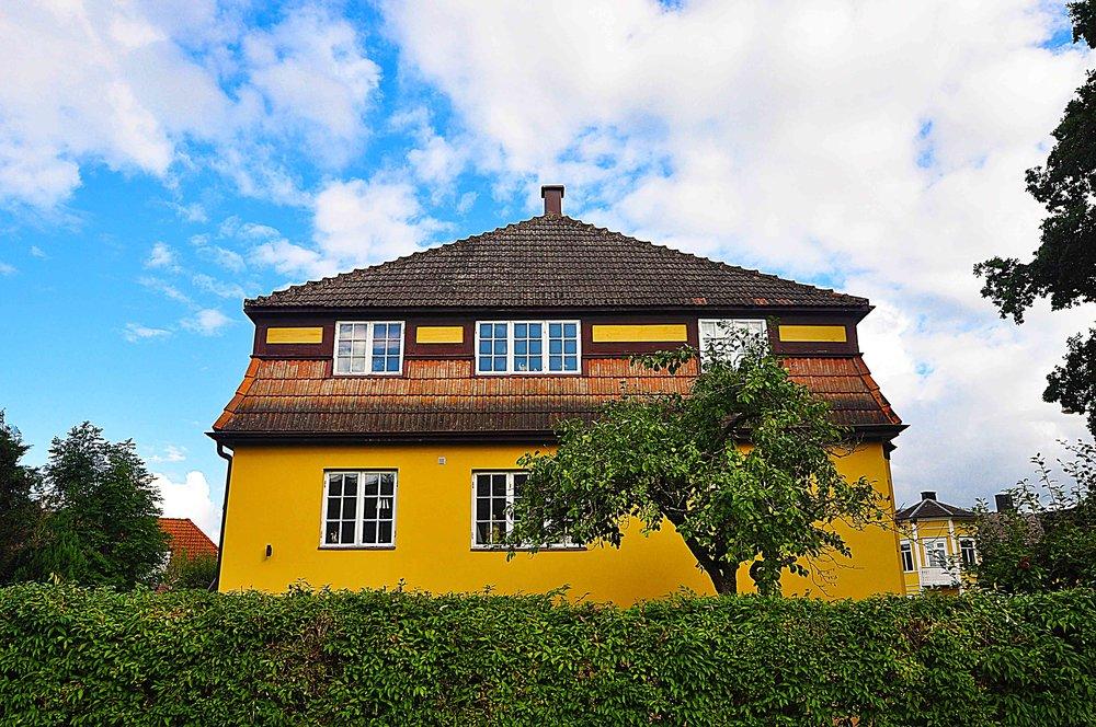 Döbeliusvägen - Ramlösa - Ett gediget och representativt hus med mycket stora ytor och många möjligheter, huset gör verkligen skäl för uttrycket