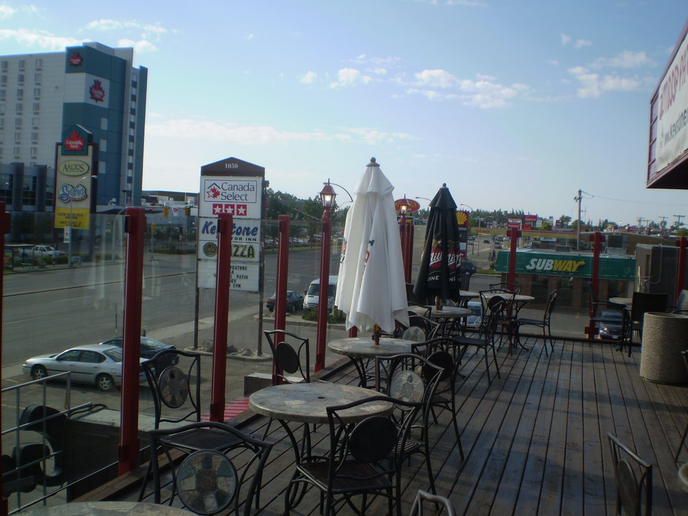 The Rooftop Patio - Enjoy your warm weekend evenings on Brandon's only rooftop patio. Open from May long weekend until fall! Come for the live entertainment every Friday night!