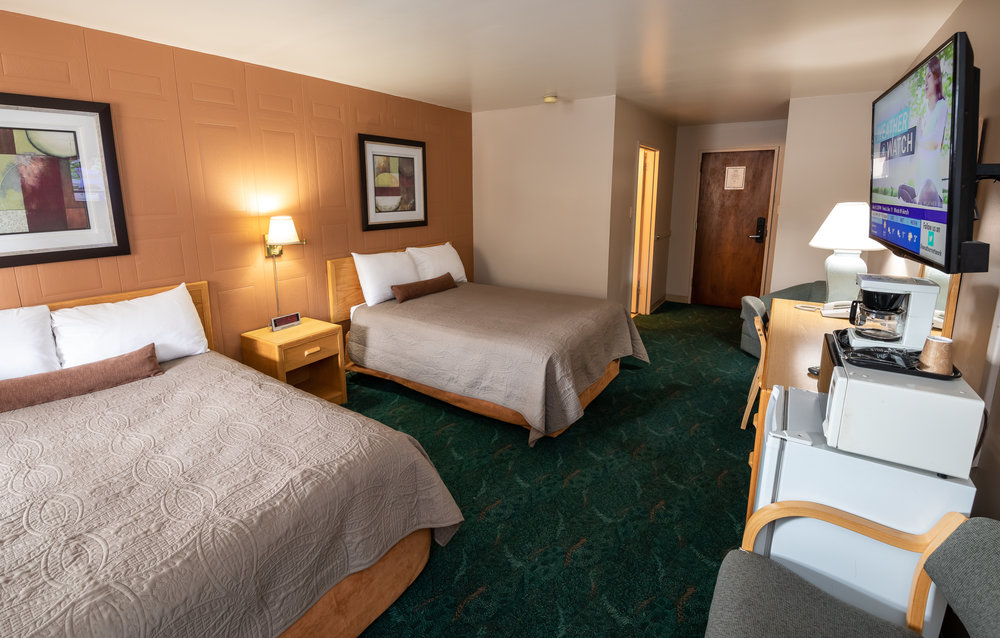 Two Queen/Double Bed Suite - 1 Person: $88.002 People: $95.003/4 Adults: $100.00Family (with kids 12 & under): $95.00