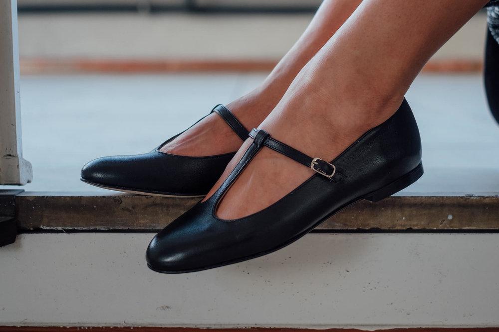 Babette scarpa ballerina pelle t-bar Made in Italy (26).jpg