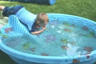 pool party 2.jpg
