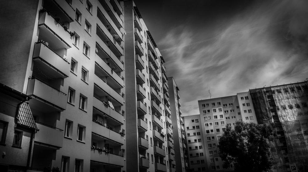 Black-White-19.jpg