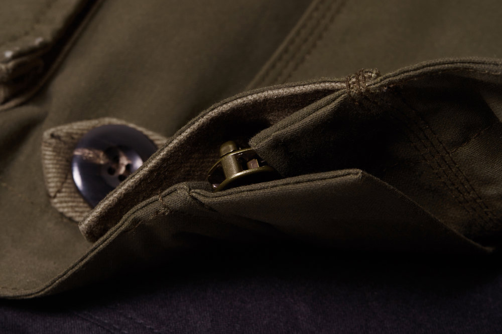 A double zip guard stops wind entering from the front of the Eversholt Jacket.