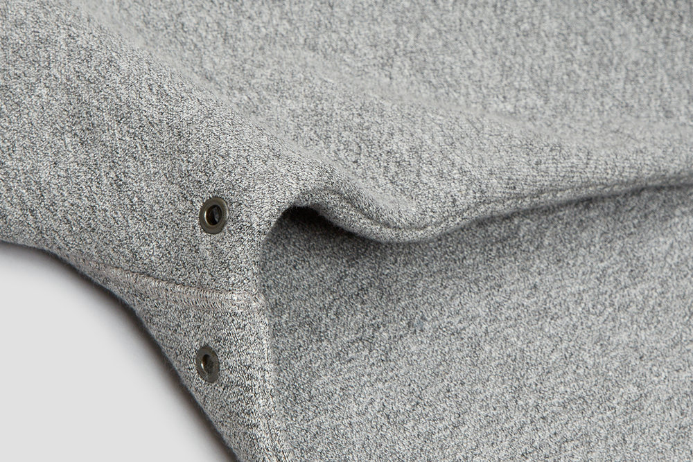 Eyelets under each arm allow for ventilation in areas prone to overheating.