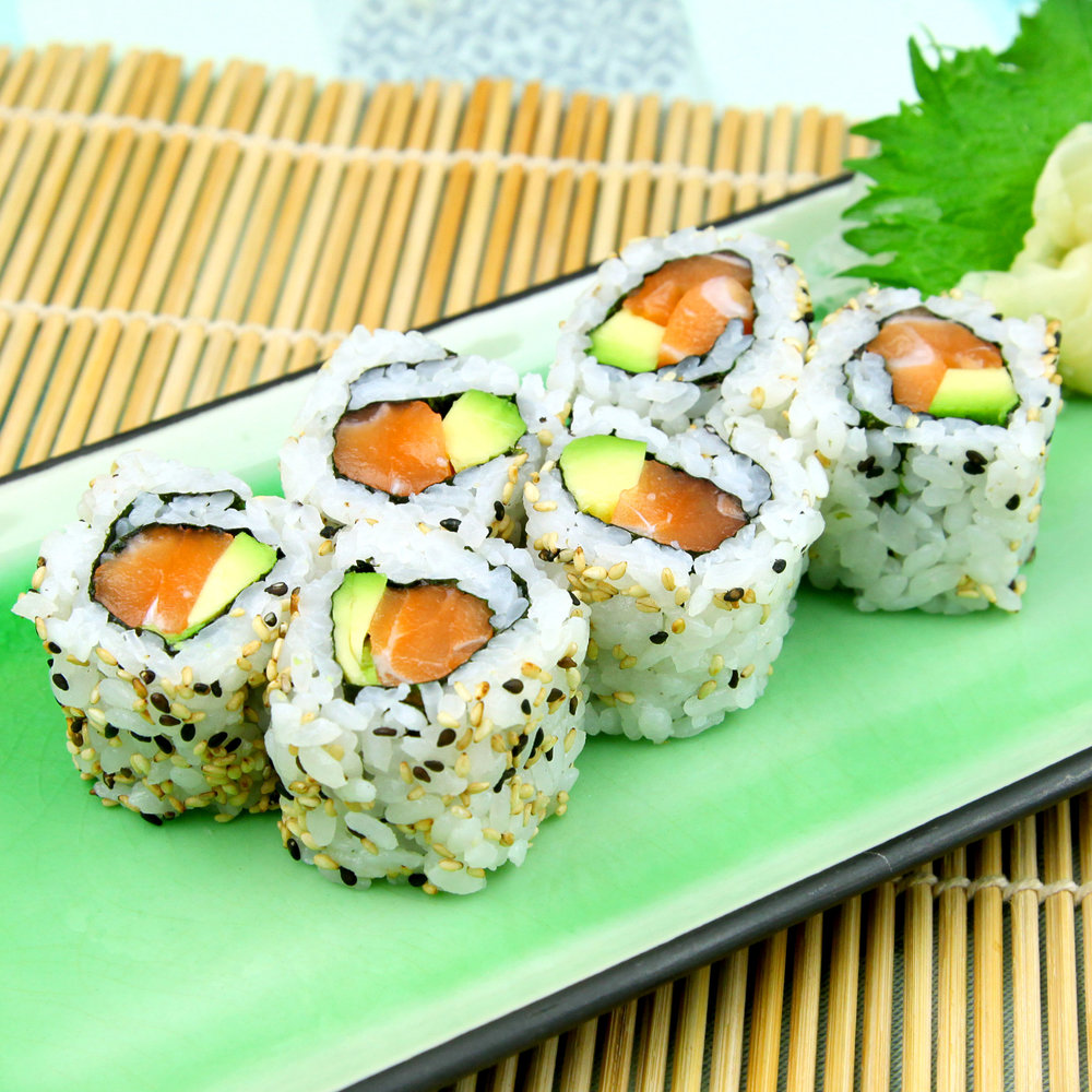 Salmon & Avocado Maki with Sesame - 6 PCS @ £4.80