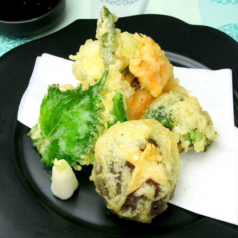 MIXED VEGETABLE TEMPURA - ASPARAGUS / COURGETTE / MUSHROOM /BROCCOLI / SWEET POTATOES / CARROTSSHISO LEAF 12 PCS @ £7.50