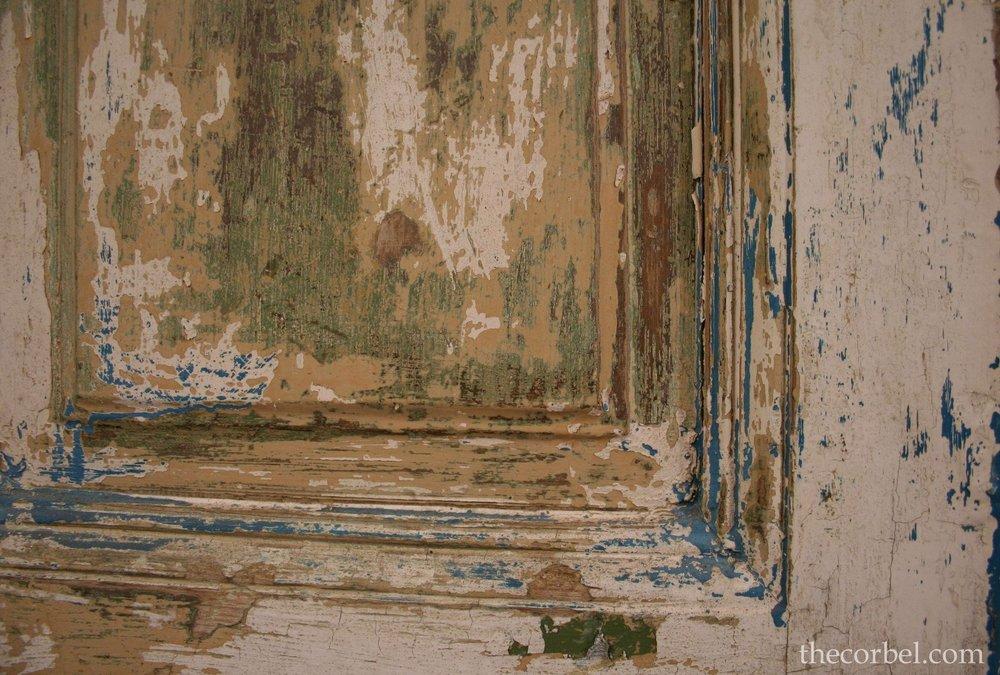 chippy paint finish door