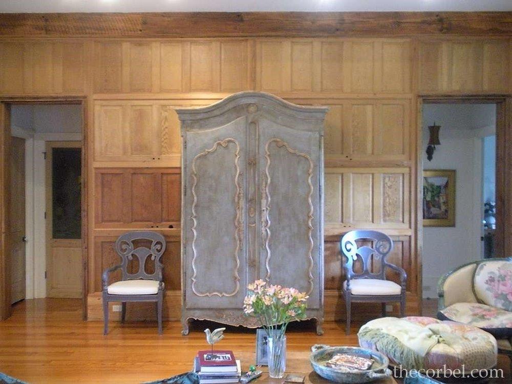 antique door wall