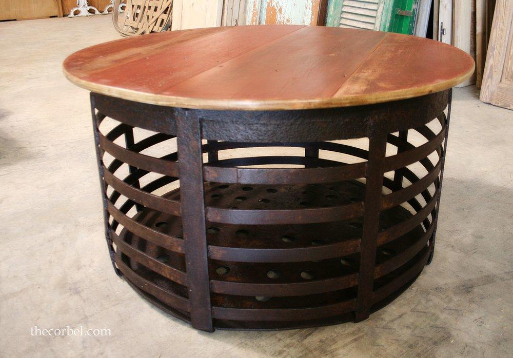 Round coffetable metal base WM.jpg