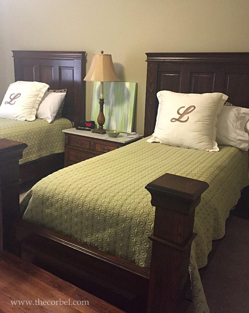 custom newel post beds