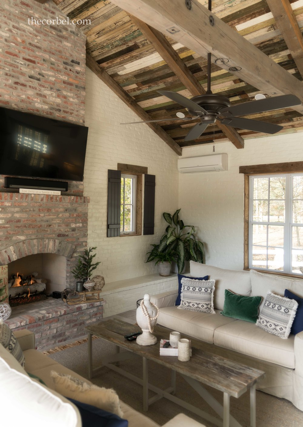 charlet bros poolhouse living area.jpg