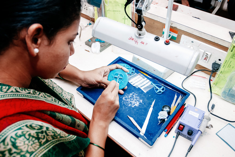 Challenge - Ella Stein, a new demi-fine diamond jewelry company, needed a cohesive and awe-inspiring way to tell their robust brand story. The diamonds are affordable and sustainable, and every purchase empowers women in India by giving them a job with excellent benefits.