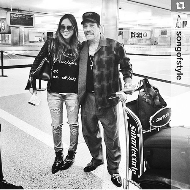 #tbt We love when paths cross. Especially when it's a run in with @songofstyle and @officialdannytrejo 🖤#whiskysweater #bobohouse #songofstyle #dannytrejo #lamourlamusiqueetunwhisky #sweater  #lax #throwbackthursday #toocool