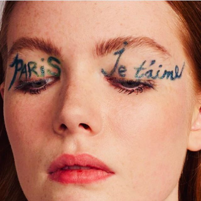 Mood 🖤🖤🖤 #parisjetaime #love #parisforever @pleasemagazine @ohbowen