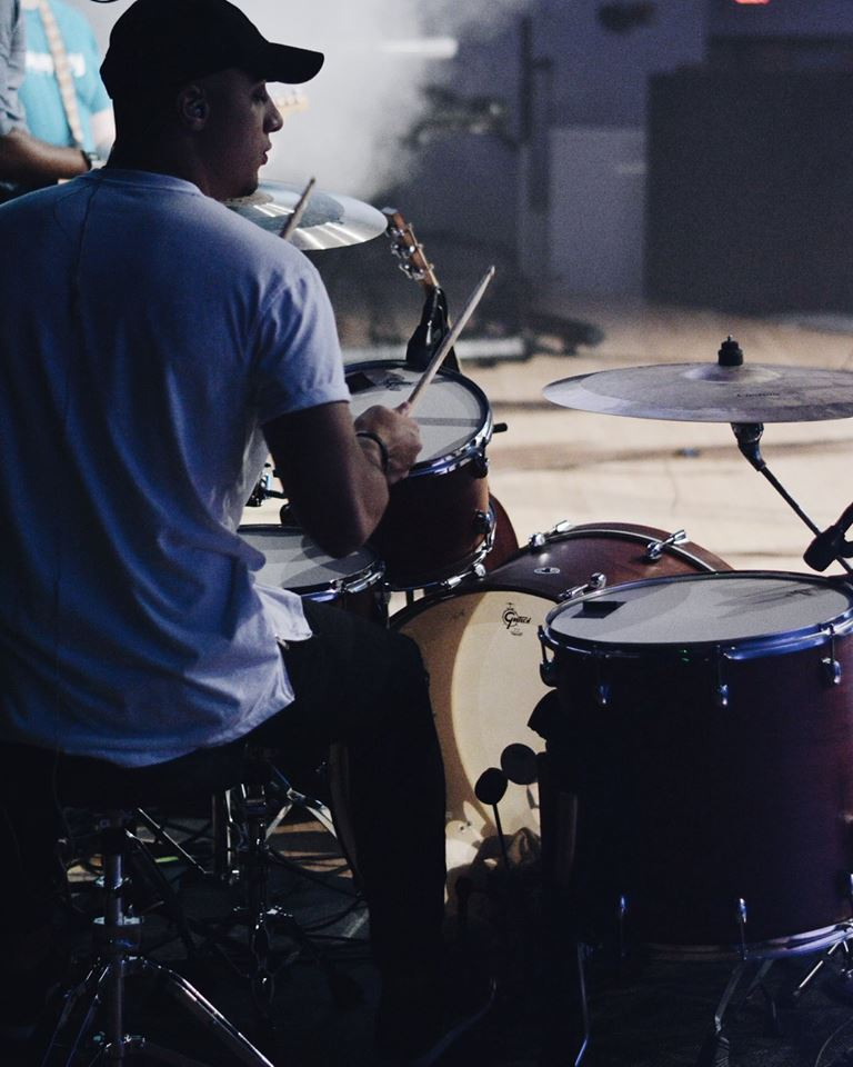 Worship Team - This dynamic team prepares the way for our guests to encounter the presence of God through vocals, instruments, and audio engineering.