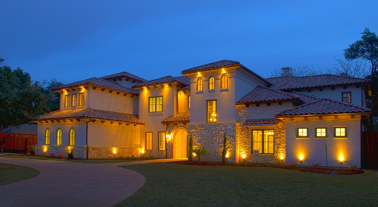 6044 Royal-Crest-Featured-Image1.jpg