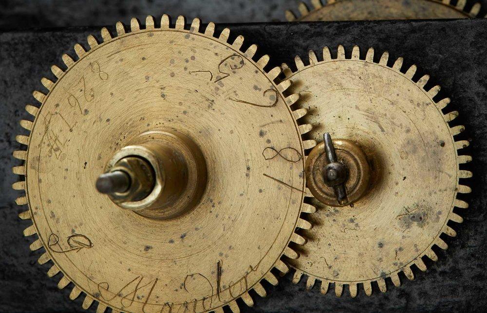 kroeger-clock-mandtler-mc0217-6.jpg