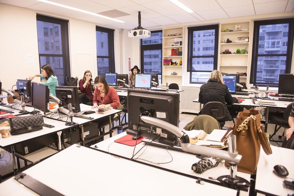 classroom_40028273225_o[1].jpg