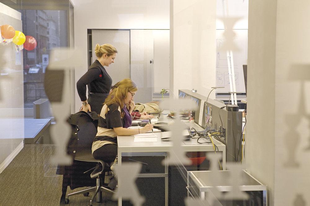 nysid-graduate-center--students-in-studio_16617625760_o[1].jpg