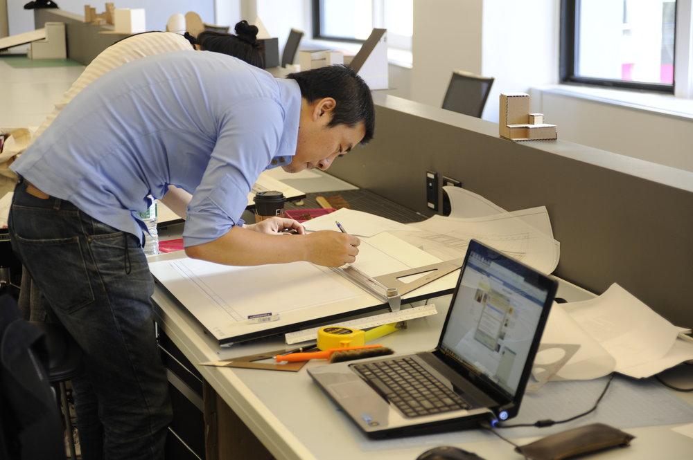 nysid-graduate-center--student-working-in-studio_5805228735_o[1].jpg