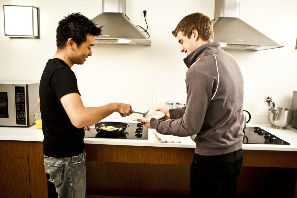EHS 1760 Kitchen.jpg
