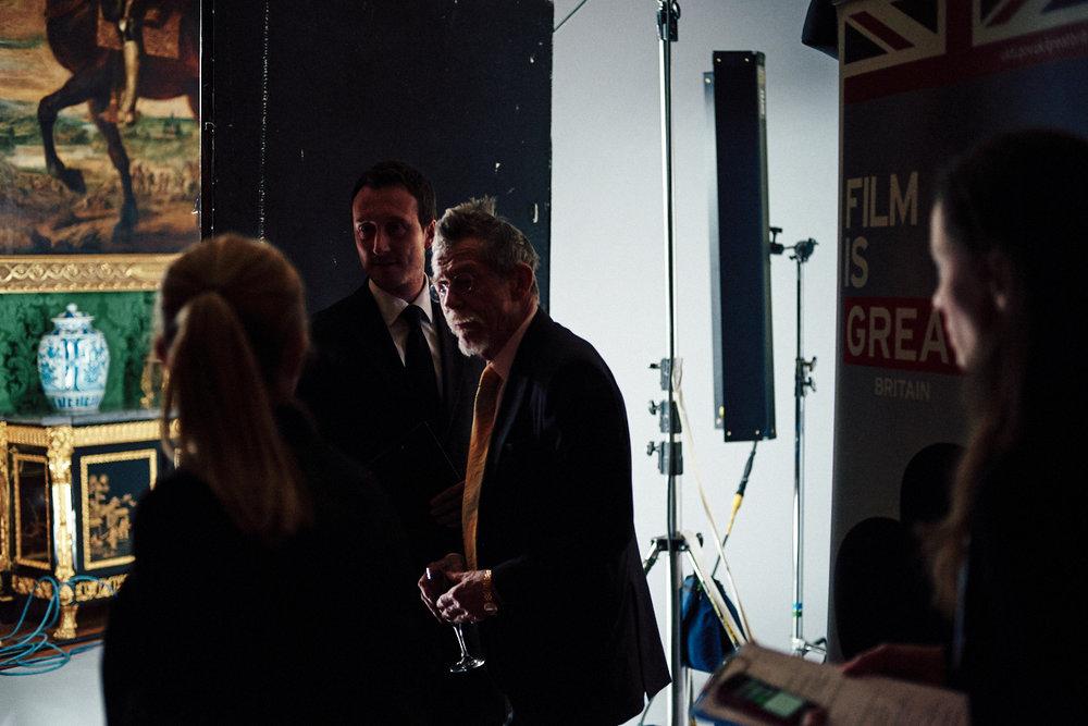 portrait photographer Tim Cole shoots Sir John Hurt
