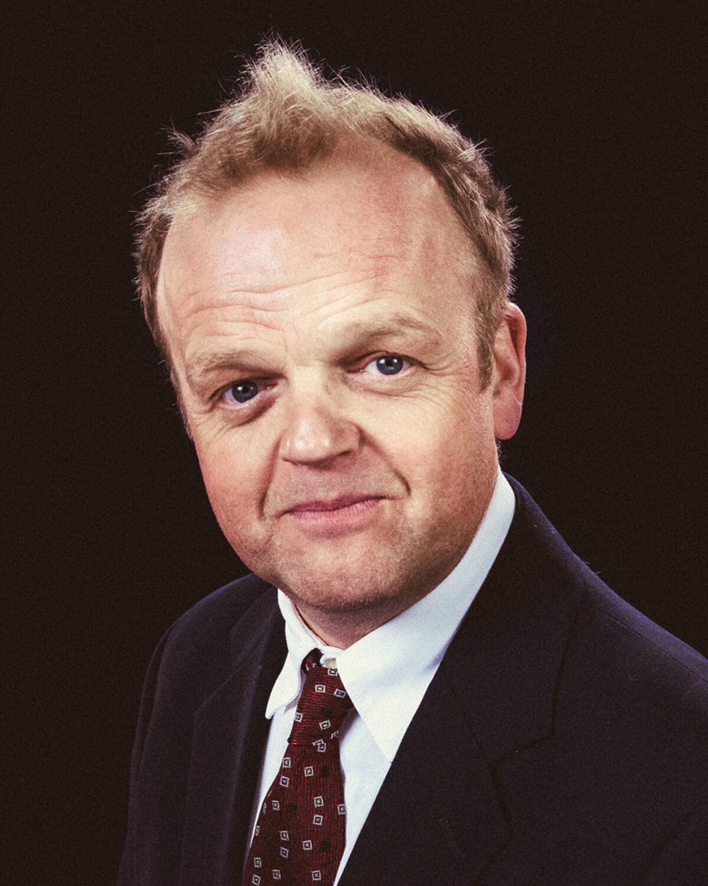 portrait photographer Tim Cole shoots Toby Jones